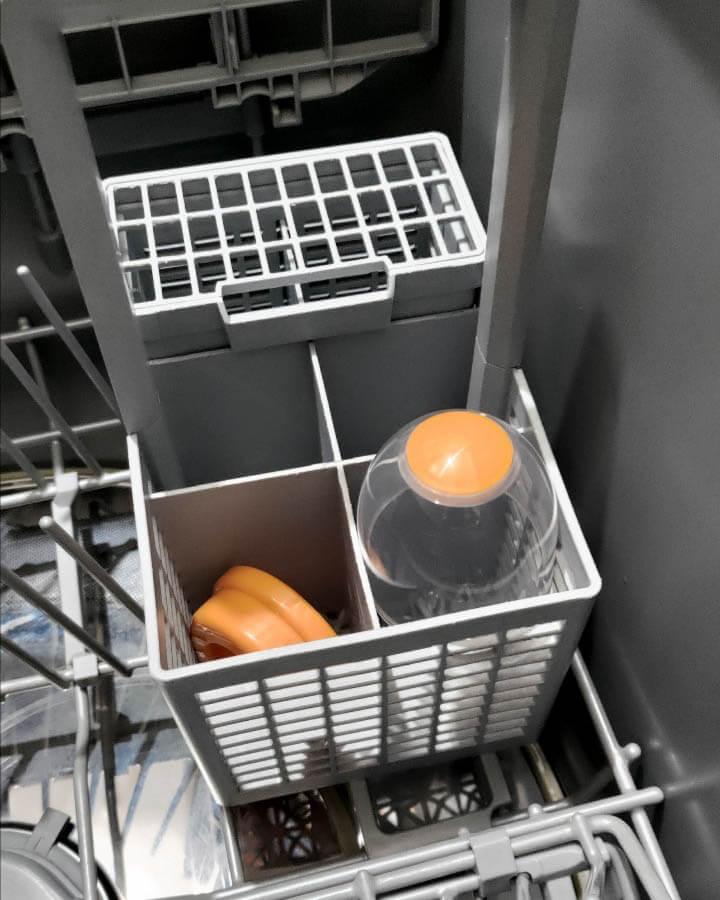 奶瓶蓋放洗碗機的擺法